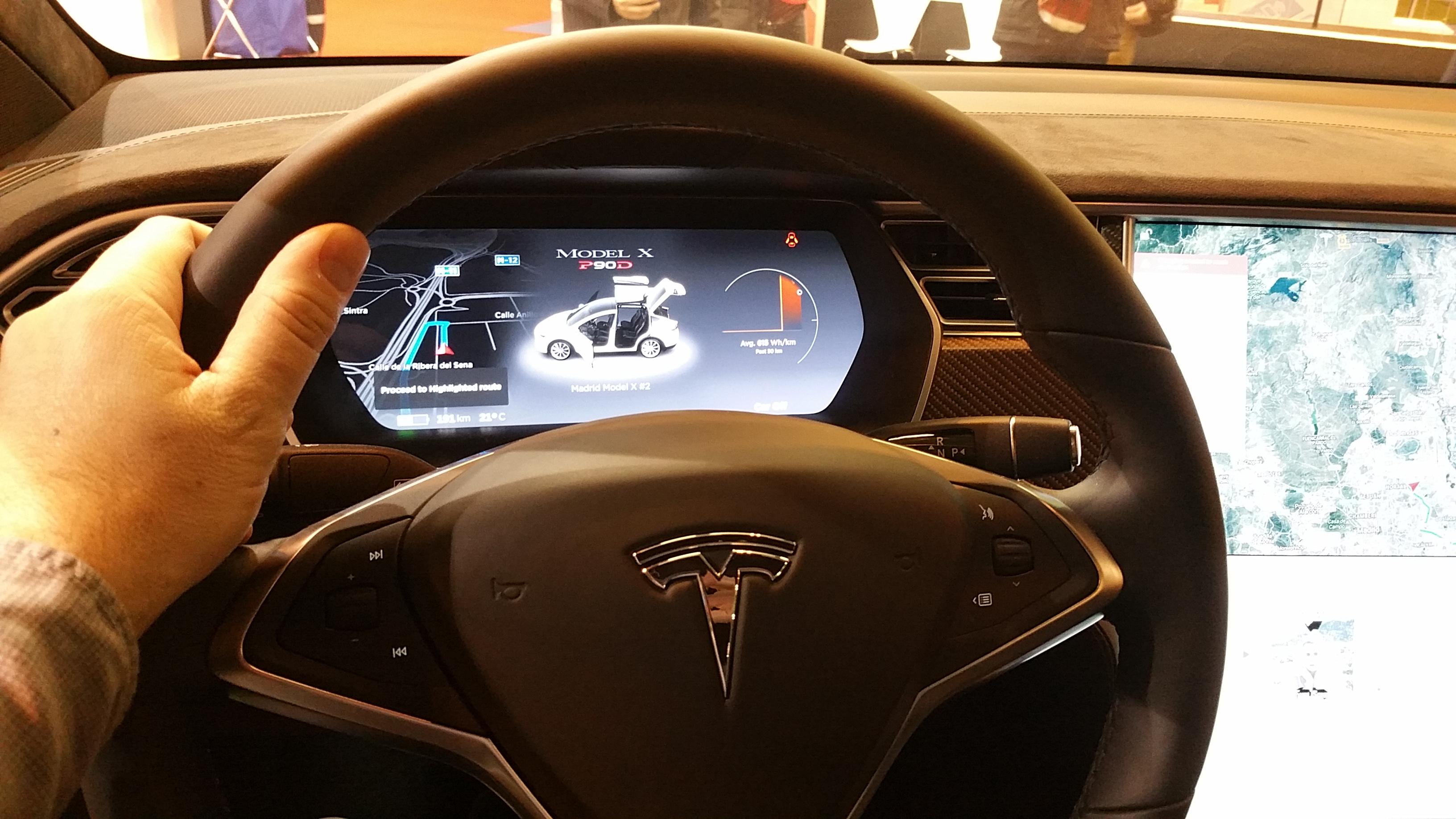 Hector Robles - Tesla innovacion coche